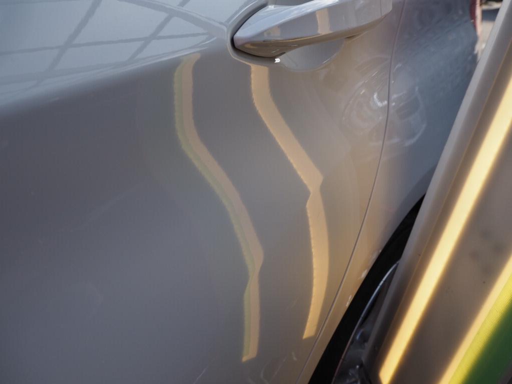 BMW218 デントリペア